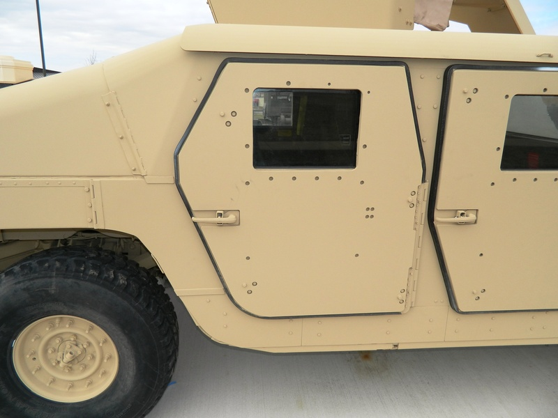 The pictures below show an M1114 with an applique armor on the door. This is identifiable by the recessed appearance of the bolts on the door and the raised ... & M1114 Doors - HMMWV In Scale